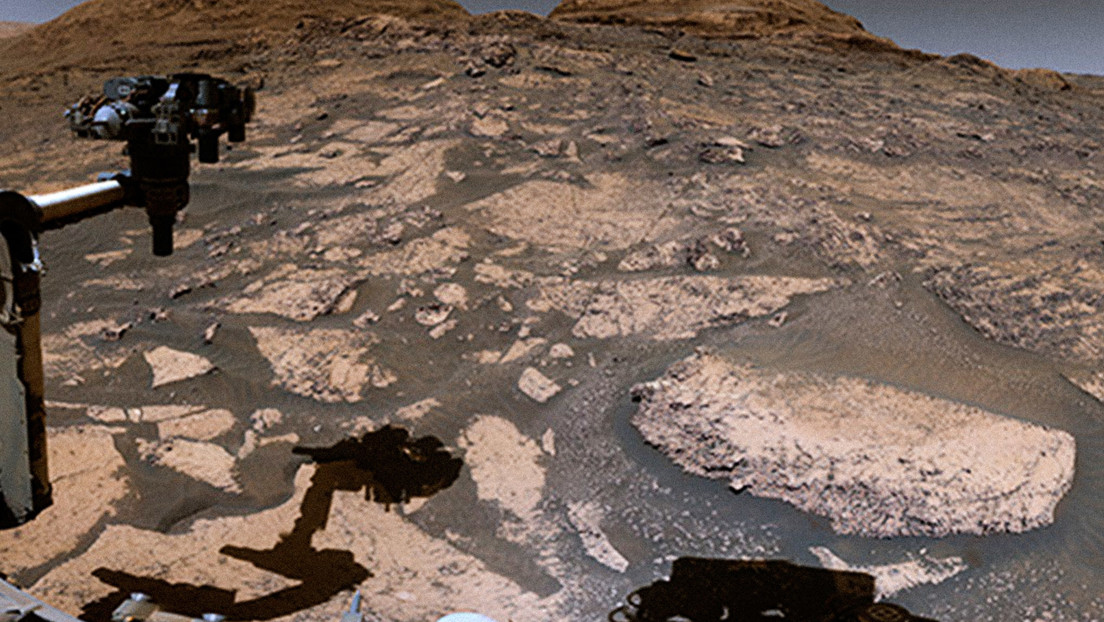 NASA shares panoramic views of Mars recorded by Curiosity as it climbed a mountain