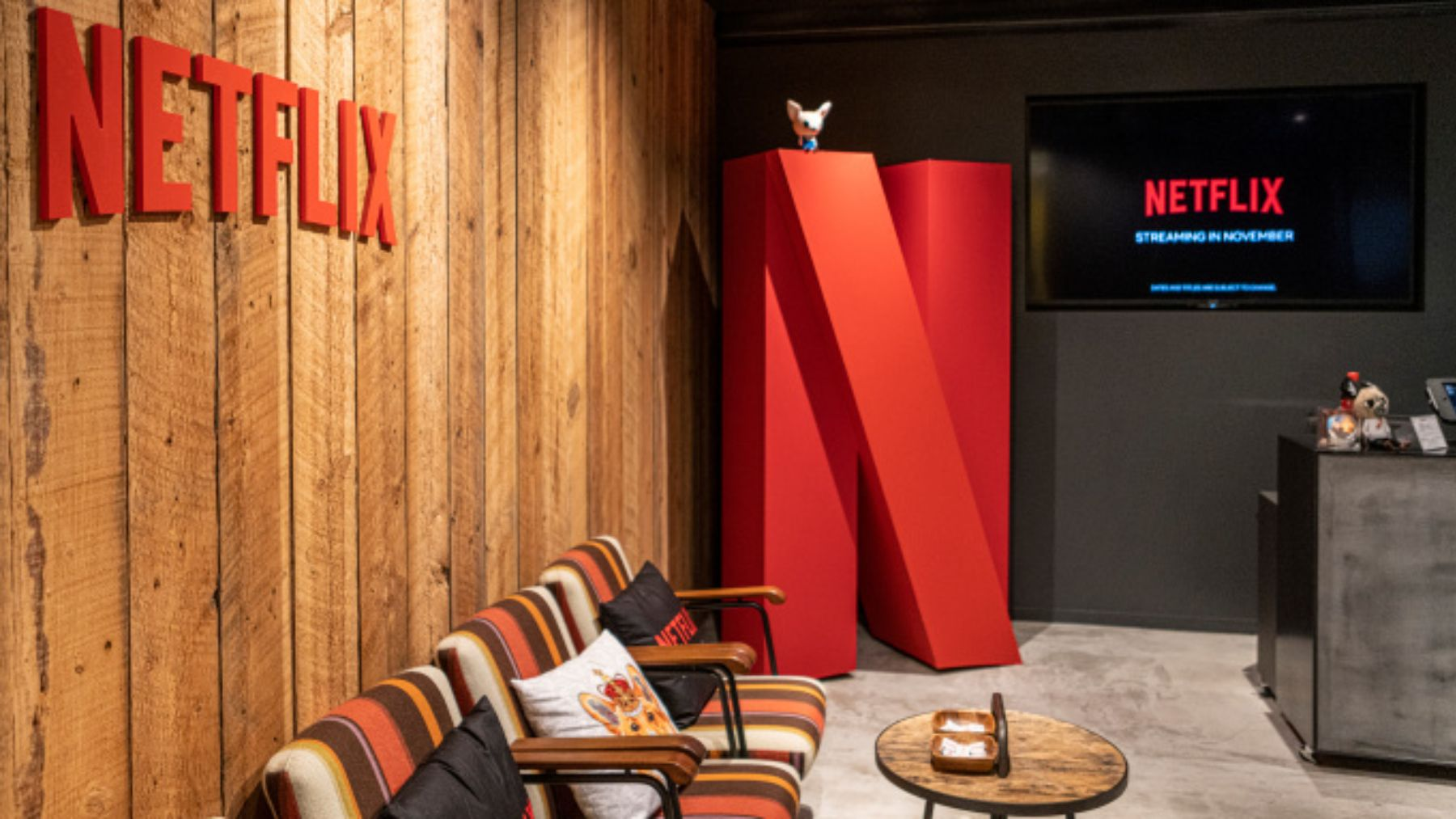 Netflix expands vaccine commitment to all of its employees