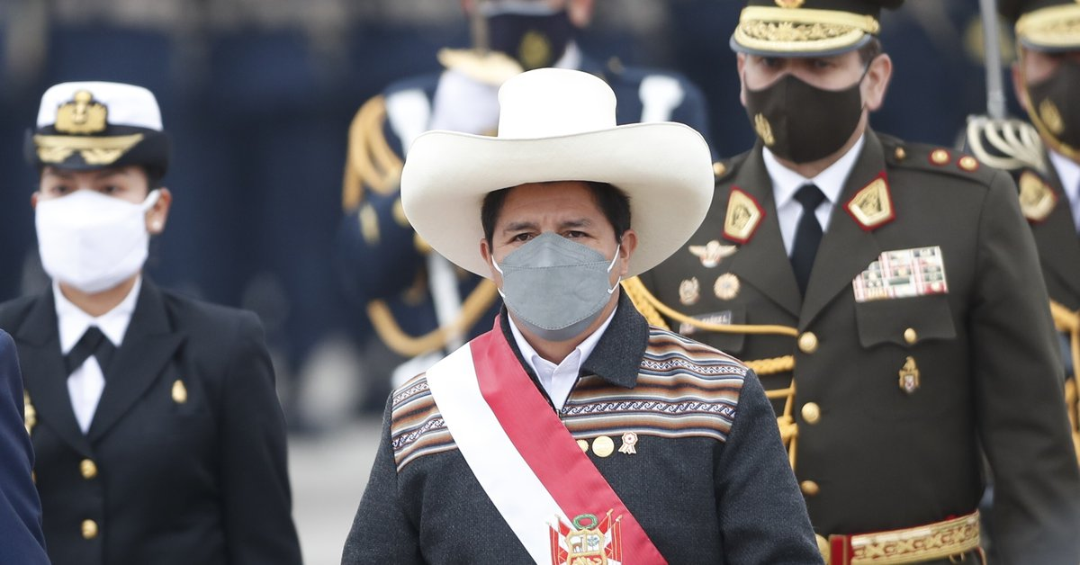 Pedro Castillo will seek to install his new government after changing one minister despite demands from the opposition in Peru