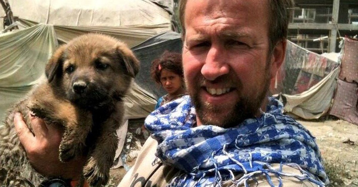 The story of a British marine who seeks to evacuate 200 animals from Kabul, but does not yet know how to avoid Taliban checkpoints