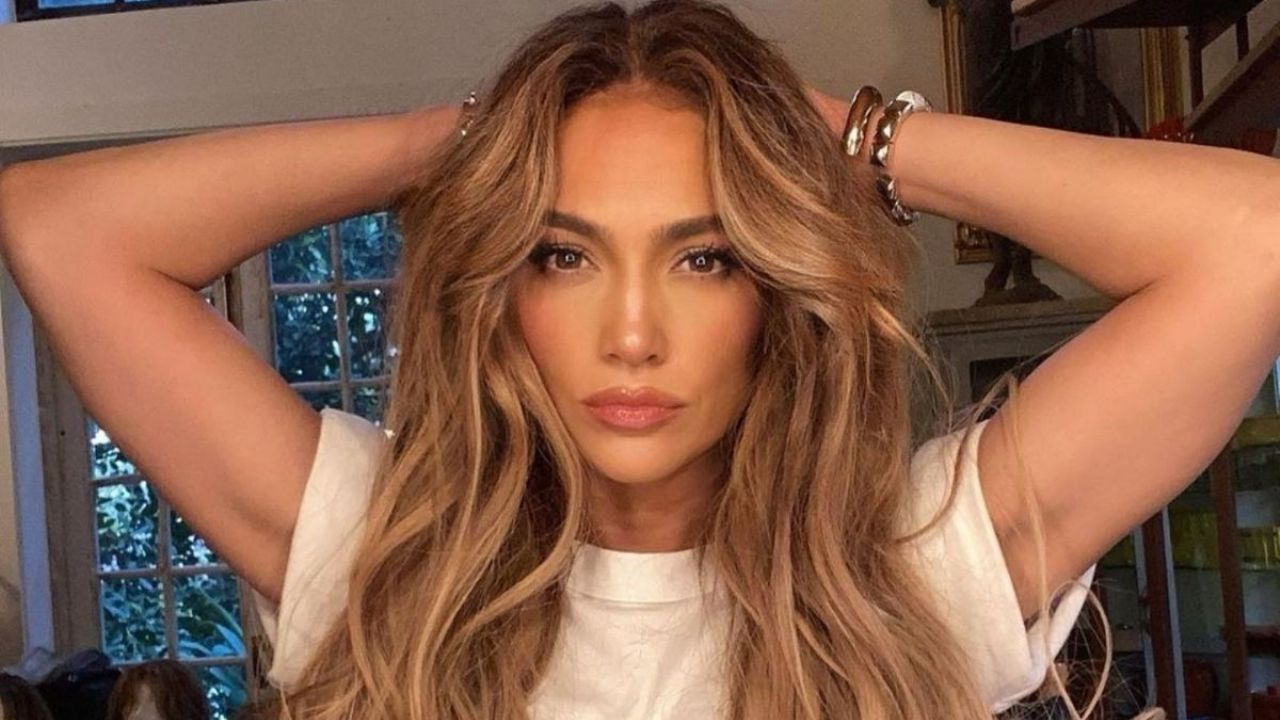 They reveal the routine that Jennifer Lopez practices at home to exercise the buttocks and abdomen