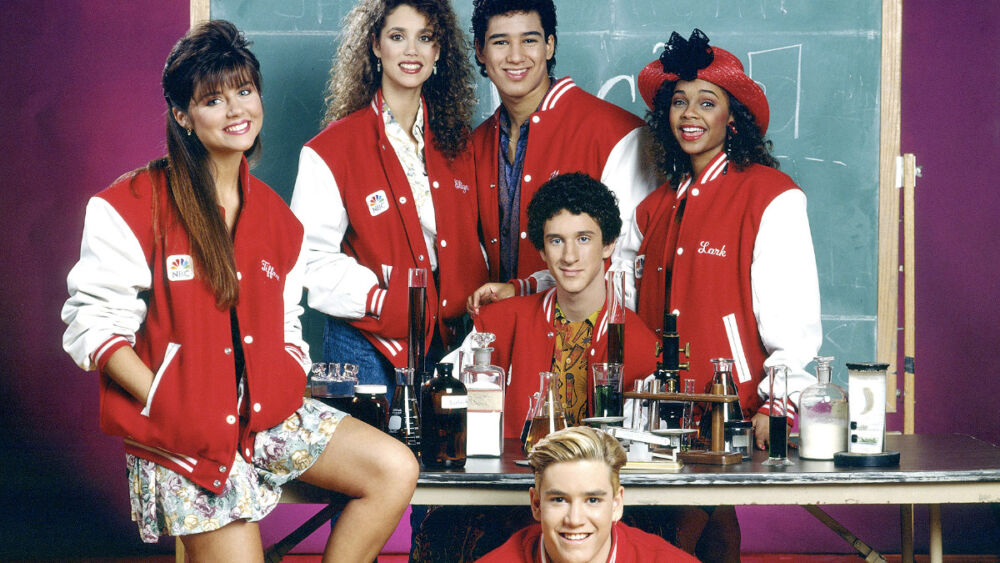 all over the world?  'Save by the Bell' is coming to Netflix