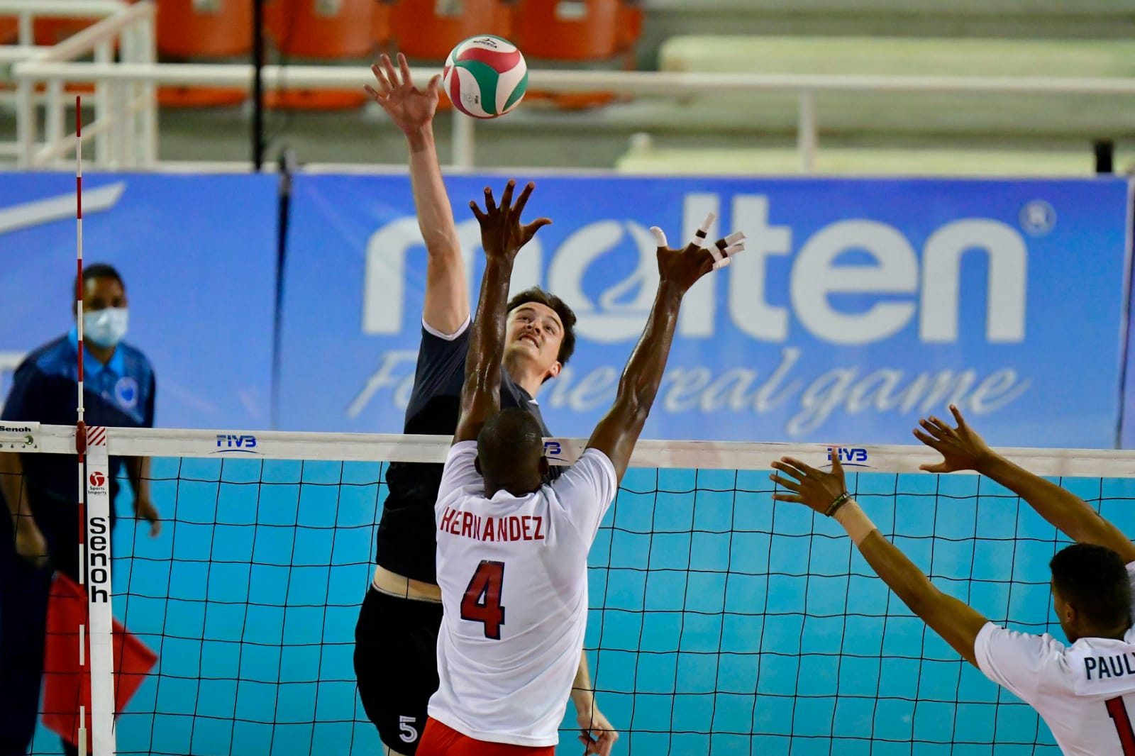 Canada defeats the Dominican Republic and remains undefeated 4-0