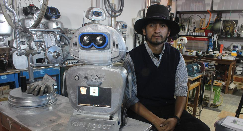 """Professor creator of Kipi, a robot who speaks Quechua: """"Science should be taught by science"""" 