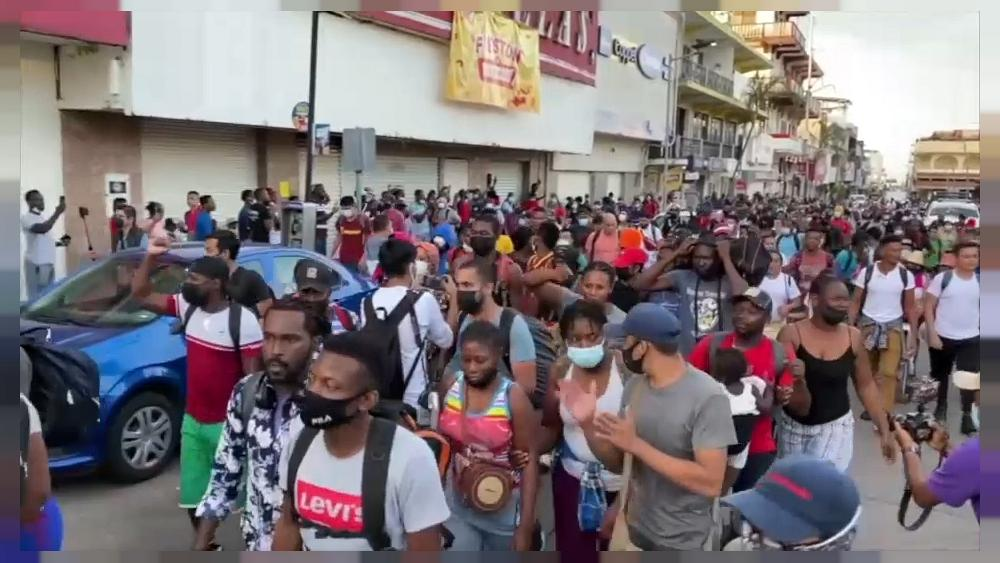 Fourth migrant caravan leaves southern Mexico for the United States