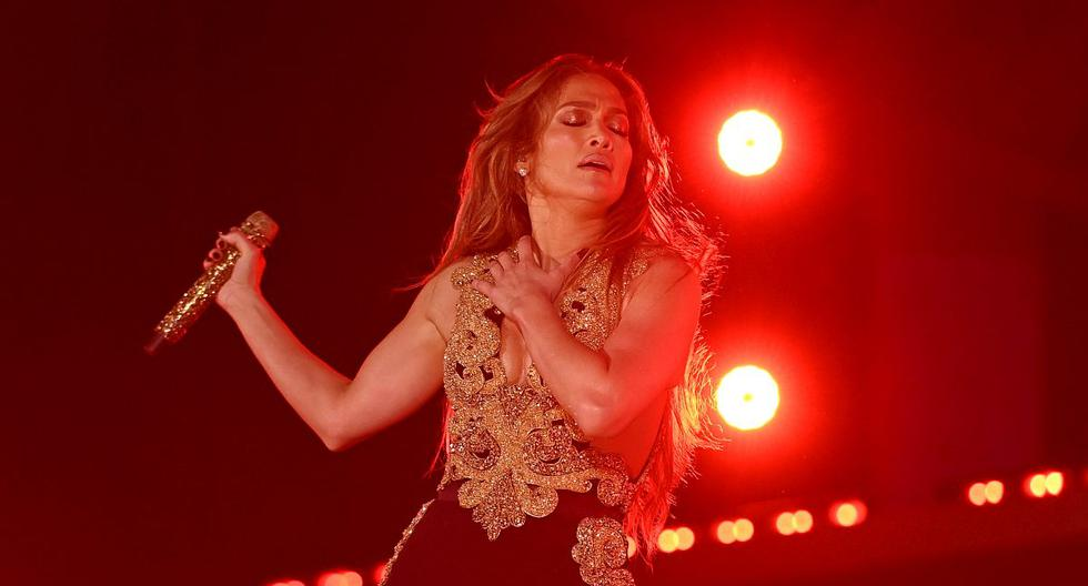 Jennifer Lopez: How does the song she plays for 'Marry Me' sparkle with the voices of Maluma    Global Citizen 2021    Bennifer    Instagram    United States    nda    nnni    Offers