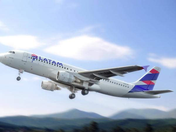 LATAM Airlines secures $750 million in financing    companies    a job