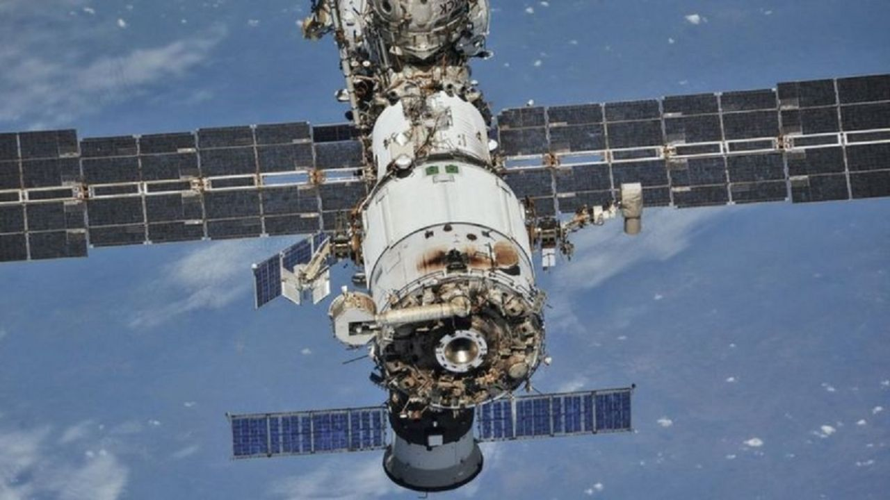 Russia warns: ISS faces 'irreparable damage'