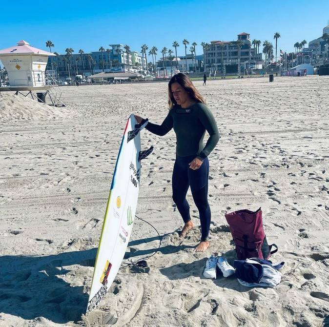 Surprising elimination of Mimi Barona at the US Open Surfing Championships in California    Other sports    Sports