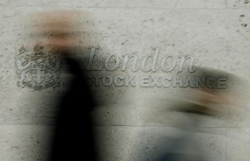 UK indices closed lower;  Investing.com UK 100 Down 0.41% By Investing.com
