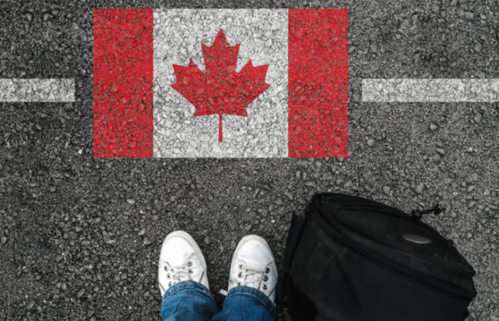 Find out the requirements for Mexicans who want to travel to Canada