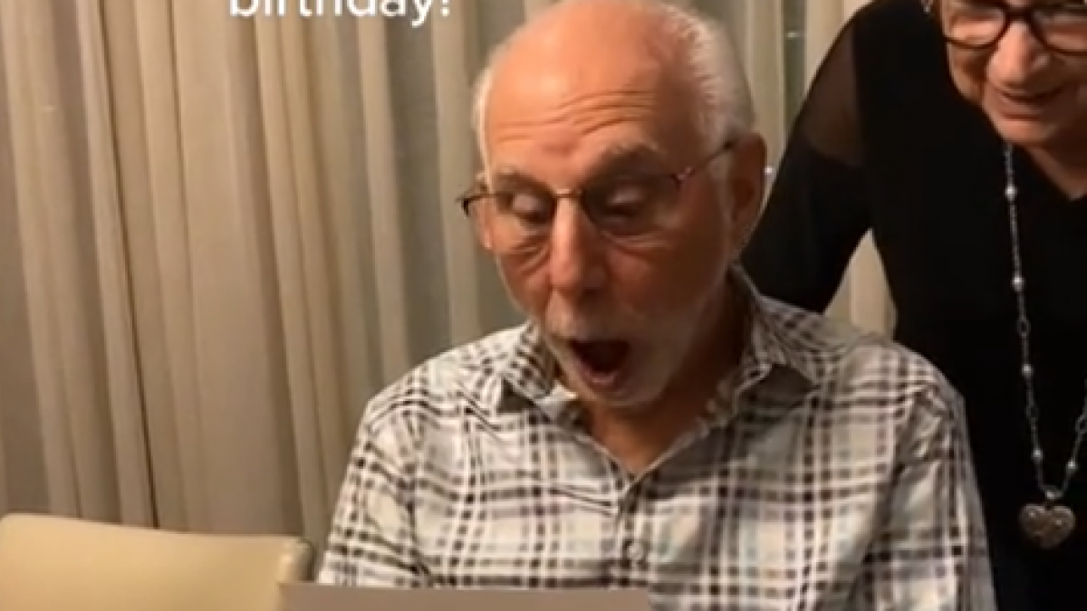 The adorable reaction of an 80-year-old grandfather upon receiving tickets from Dua Lipa for his birthday