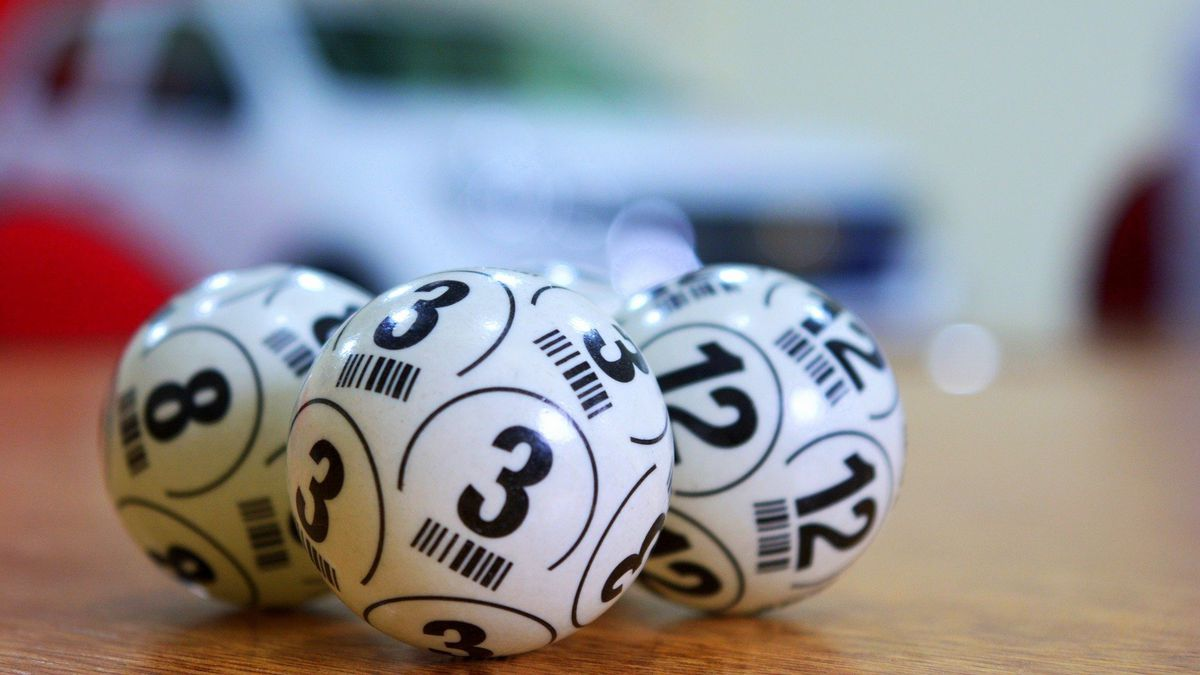 The story of the man who found the formula to win the lottery and became a millionaire